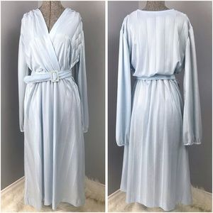 Vintage Pale Blue Dress with Belt Medium Shiny